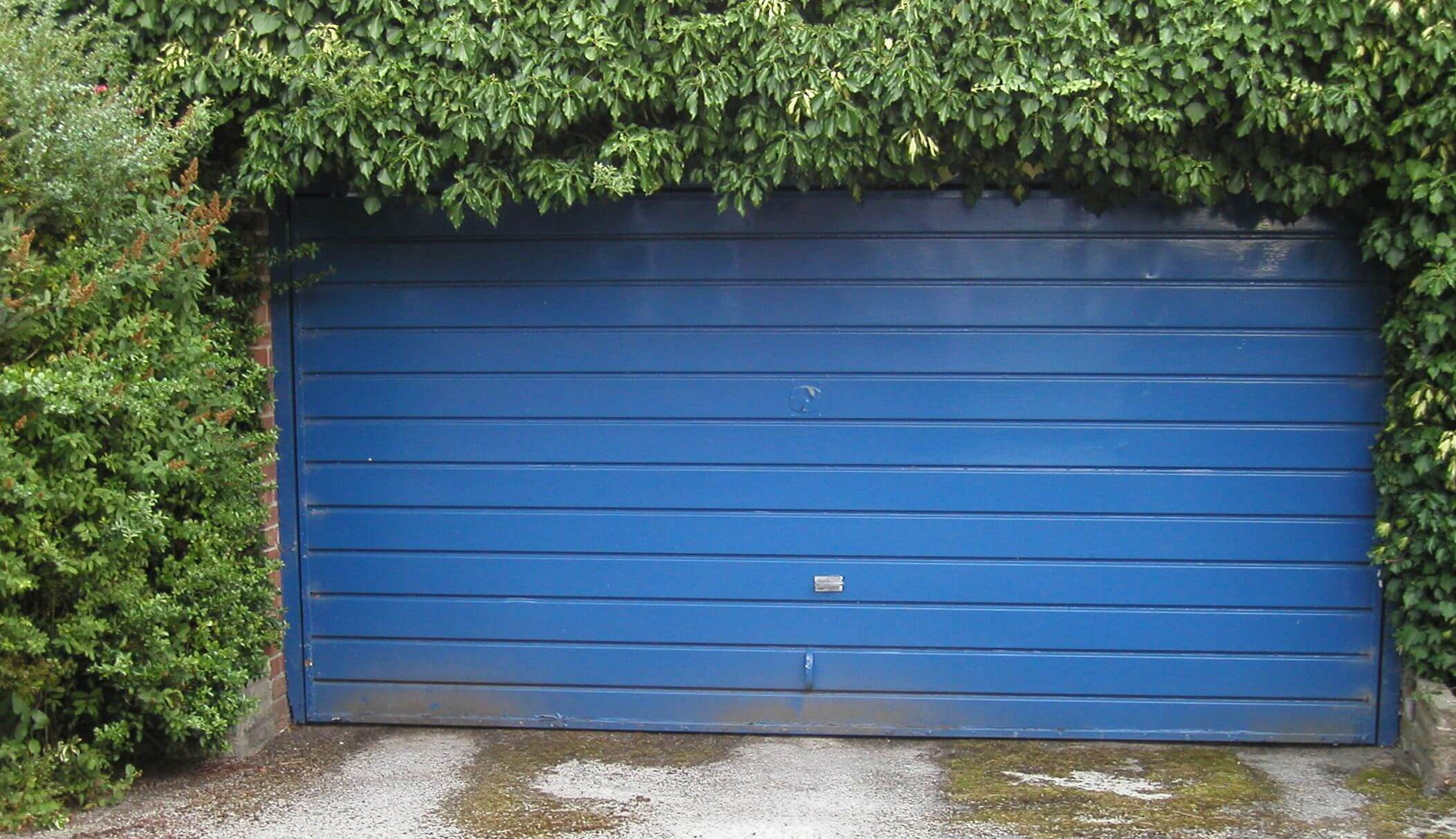 roller door security how to secure a garage door amalgamated locksmiths emergency locksmiths brunswick